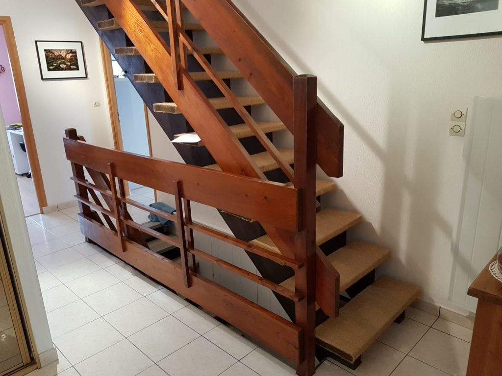 renovation escalier bois typique ancien region havre par habillage en normandie 01